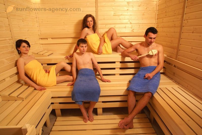 v-saune-s-teshey